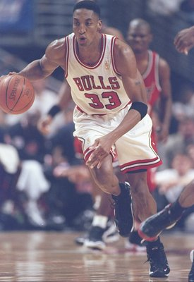 20 May 1997:  Chicago Bulls forward Scottie Pippen dribbles up the court during playoff game against the Miami Heat at the United Center in Chicago, Illinois.  The Bulls won the game 84-77. Mandatory Credit: Jonathan Daniel  /Allsport