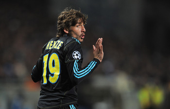 Marseille's Gabriel Heinze: Should Arsenal Consider Him?