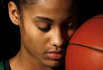 Skylar-diggins_display_image
