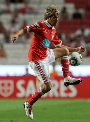 LISBON, PORTUGAL - AUGUST 28:  Benfica's midfielder Fabio Coentrao controls the ball during the Portuguese Liga match between Benfica and Vitoria Setubal at Luz Stadium on August 28, 2010 in Lisbon, Portugal.  (Photo by Patricia de Melo/EuroFootball/Getty