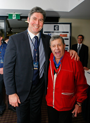 MELBOURNE, AUSTRALIA - JUNE 19:  Carlton President Stephen Kernahan and comedian Jerry Lewis pose for a photograph before the round 13 AFL match between the Carlton Blues and the Fremantle Dockers at Etihad Stadium on June 19, 2010 in Melbourne, Australia