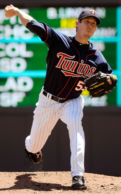 MINNEAPOLIS, MN - JUNE 30:  Kevin Slowey #59 of the Minnesota Twins pitches in the second inning against the Detroit Tigers during their game on June 30, 2010 at Target Field in Minneapolis, Minnesota. (Photo by Hannah Foslien/Getty Images)