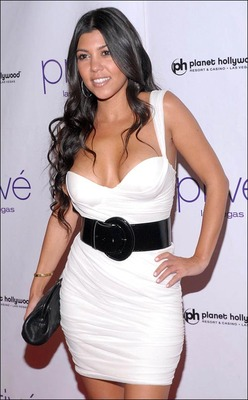 Kourtney_kardashian_569982j_display_image