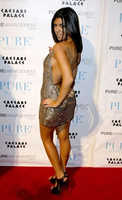 Kourtney_kardashian_pure_nightclub_display_image