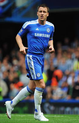 LONDON, ENGLAND - MAY 15:  John Terry of Chelsea in action during the Barclays Premier League match between Chelsea and Newcastle United at Stamford Bridge on May 15, 2011 in London, England.  (Photo by Michael Regan/Getty Images)