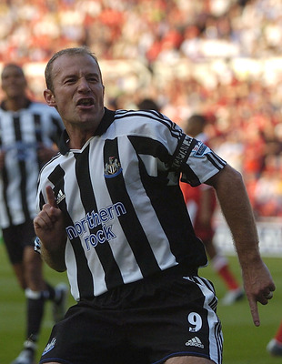 MIDDLESBROUGH, ENGLAND - AUGUST 14:  Alan Shearer of Newcastle celebrates after scoring the second goal with a penalty during the Barclays Premiership match between Middlesbrough and Newcastle United at the Riverside Stadium on August 14, 2004 in Middlesb