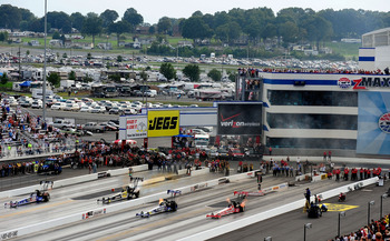 CONCORD, NC - SEPTEMBER 20:  A general view of top fuel dragsters racing four wide as an exhibition during the NHRA Carolinas Nationals on September 20, 2009 at Zmax Dragway in Concord, North Carolina.  (Photo by Rusty Jarrett/Getty Images)