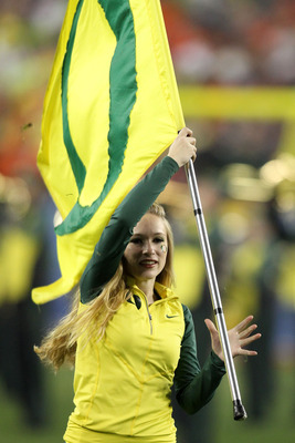 GLENDALE, AZ - JANUARY 10:  The Oregon Ducks marching band performs at halftime while taking on the Auburn Tigers in the Tostitos BCS National Championship Game at University of Phoenix Stadium on January 10, 2011 in Glendale, Arizona.  (Photo by Jonathan