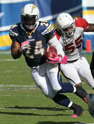 SAN DIEGO - OCTOBER 03:  Running back Ryan Mathews #24 of the San Diego Chargers carries the ball against the Arizona Cardinals at Qualcomm Stadium on October 3, 2010 in San Diego, California.   The Chargers won 41-10.  (Photo by Stephen Dunn/Getty Images