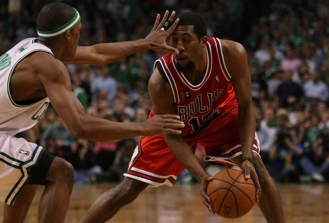 BOSTON - MAY 02:  John Salmons #15 of the Chicago Bulls tries to get around Rajon Rondo #9 of the Boston Celtics in Game Seven of the Eastern Conference Quarterfinals during the 2009 NBA Playoffs at TD Banknorth Garden on May 2, 2009 in Boston, Massachuse