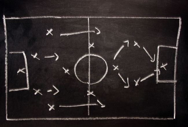 Tactics-board_crop_650x440
