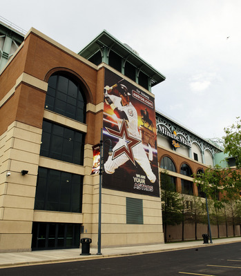 HOUSTON - APRIL 08:  An image of Houston Astros left fielder Hunter Pence is depicted on the outside of Minute Maid Park before the game against the Florida Marlins on April 8, 2011 in Houston, Texas.  (Photo by Bob Levey/Getty Images)