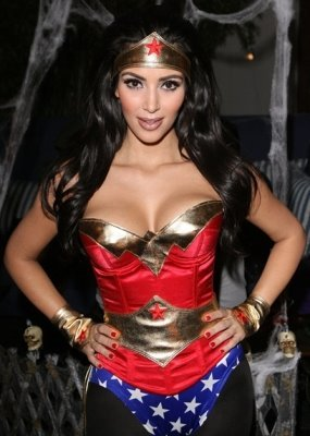 Kim-kardashian-halloween-party_display_image
