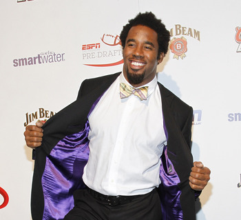 NEW YORK - APRIL 21:  Football player, Dhani Jones attends ESPN the Magazine's 7th Annual Pre-Draft Party at Espace on April 21, 2010 in New York City.  (Photo by Mark Von Holden/Getty Images for ESPN)