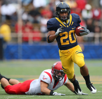BERKELEY, CA - SEPTEMBER 12:  Isi Sofele #20 of the California Golden Bears runs against the Eastern Washington Eagles at Memorial Stadium on September 12, 2009 in Berkeley, California.  (Photo by Jed Jacobsohn/Getty Images)