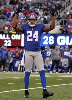 EAST RUTHERFORD, NJ - DECEMBER 05:  Terrell Thomas #24 of the New York Giants fires up the crowd against the Washington Redskins on December 5, 2010 at the New Meadowlands Stadium in East Rutherford, New Jersey. The Giants defeated the Redskins 31-7.  (Ph