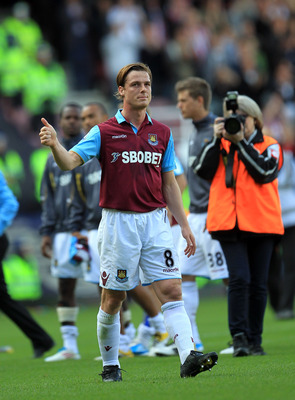 LONDON, ENGLAND - MAY 22:  Scott Parker of West Ham United leaves the pitch at the end of the game during the Barclays Premier League match between West Ham United and Sunderland at the Boleyn Ground on May 22, 2011 in London, England.  (Photo by David Ca