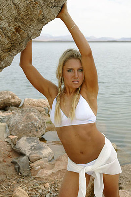 Natalie-gulbis-dating-dustin-johnson_display_image