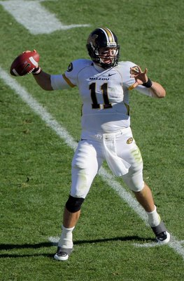 BOULDER, CO - OCTOBER 31:  Quarterback Blaine Gabbert #11 of the Missouri Tigers delivers a pass against the Colorado Buffaloes at Folsom Field on October 31, 2009 in Boulder, Colorado. Missouri defeated Colorado 36-17.  (Photo by Doug Pensinger/Getty Ima