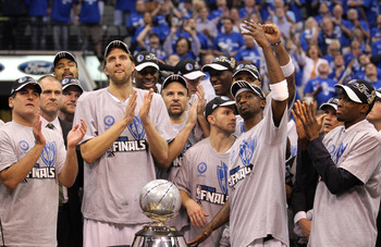DALLAS, TX - MAY 25:  The Dallas Mavericks celebrate their 100-96 victory against the Oklahoma City Thunder in Game Five of the Western Conference Finals during the 2011 NBA Playoffs at American Airlines Center on May 25, 2011 in Dallas, Texas. NOTE TO US