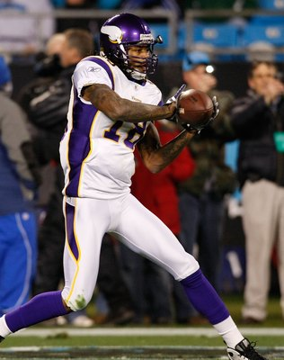 CHARLOTTE, NC - DECEMBER 20:  Sidney Rice #18 of the Minnesota Vikings against the Carolina Panthers at Bank of America Stadium on December 20, 2009 in Charlotte, North Carolina.  (Photo by Kevin C. Cox/Getty Images)