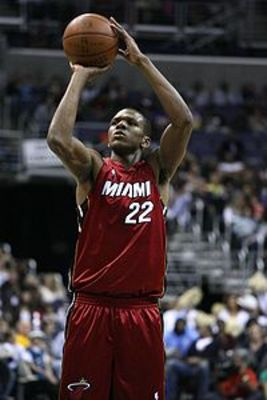 James-jones-shooting-stroke_display_image