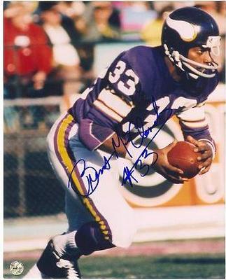 Image from sportsmemorabilia.com.