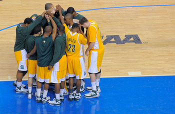TAMPA, FL - MARCH 23:  The Siena Saints huddle prior to the start of their game against the Villanova Wildcats in the second round of the 2008 NCAA Tournament Midwest Regional at the St. Pete Times Forum on March 23, 2008 in Tampa, Florida.  (Photo by Sco
