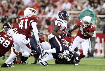 GLENDALE, AZ - AUGUST 14:  Runningback Ben Tate #43 of the Houston Texans rushes the ball against the Arizona Cardinals during preseason NFL game at the University of Phoenix Stadium on August 14, 2010 in Glendale, Arizona.  The Cardinals defeated the Tex