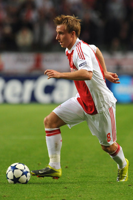 AMSTERDAM, NETHERLANDS - AUGUST 25:  Christian Eriksen of AFC Ajax in action during the Champions League Play-off match between AFC Ajax and FC Dynamo Kiev at Amsterdam Arena on August 25, 2010 in Amsterdam, Netherlands.  (Photo by Valerio Pennicino/Getty