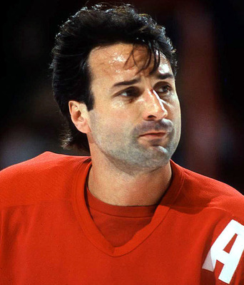 Paul Coffey may have been a faster lateral skater than Bobby Orr