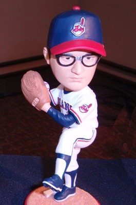 Wild-thing-bobblehead_display_image