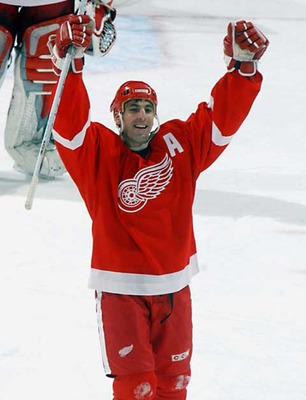Chris Chelios contributed to the playoff dominance of Montreal and Detroit in his career in the NHL