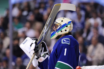 VANCOUVER, CANADA - MAY 24:  Goaltender Roberto Luongo #1 of the Vancouver Canucks looks on during Game Five of the Western Conference Finals against the San Jose Sharks during the 2011 Stanley Cup Playoffs at Rogers Arena on May 24, 2011 in Vancouver, Br