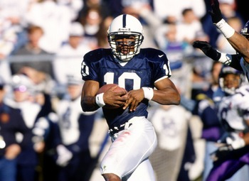 19 Nov 1994:  Wide receiver Bobby Engram of the Penn State Nittany Lions makes a turn up field to avoid pursuing defenders following a catch made during the Nittany Lions 45-27 victory over the Northwestern Wildcats at Beaver Stadium in Happy Valley, Penn
