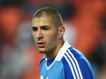 Benzema.... staying in Madrid