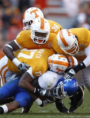 Kentucky_tennessee_football_display_image