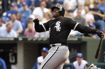 KANSAS CITY, MO - APRIL 7:  Frank Thomas #35 of the Chicago White Sox bats during the game against the Kansas City Royals at Kauffman Stadium on April 7, 2004 in Kansas City, Missouri. The White Sox won 4-3.  (Photo by Dave Kaup/Getty Images)
