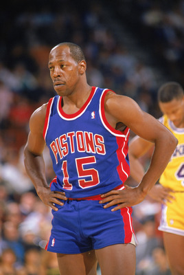 LOS ANGELES - 1989:  Vinnie Johnson #15 of the Detroit Pistons looks on during a game against the Los Angeles Lakers at the Great Western Forum in Los Angeles, California in 1988-1989 NBA season.  (Photo by Mike Powell /Getty Images)