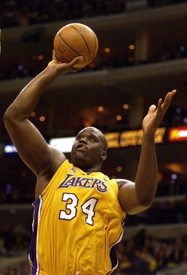 30 Oct 2001: Shaquille O''Neal #34 of the Los Angeles Lakers puts a shot up at the Lakers'' home opener against the Portland Trail Blazers at Staples Center in Los Angeles, California. DIGITAL IMAGE.   NOTE TO USER:  User expressly acknowledges and agrees