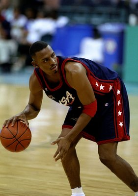 28 Jul 1996: Guard Anfernee Hardaway of the Dream Team looks to pass during the USA v Croatia basketball game at the Georgia Dome at 1996 Centennial Olympic Games Atlanta, Georgia.