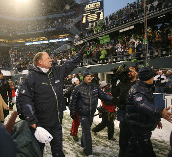 SEATTLE - DECEMBER 21:  Head coach Mike Holmgrem of the Seattle Seahawks thanks fans after his final home game as head coach against the New York Jets on December 21, 2008 at Qwest Field in Seattle, Washington. The Seahawks defeated the Jets 13-3. (Photo
