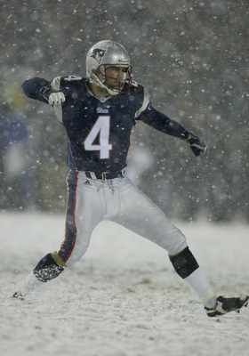 19 Jan 2001:  Kicker Adam Vinatieri of the New England Patriots ties the game in the closing seconds against the Oakland Raiders forcing overtime at Foxboro Stadium in Foxboro, Massachusetts.The Patriots won 16-13.  Digital image. Mandatory Credit: Al Bel