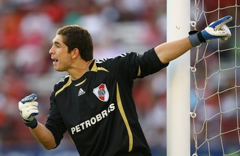 BUENOS AIRES, ARGENTINA - FEBRUARY 10:  Juan Pablo Carrizo, goalkeeper of River Plate gives instructions during the Primera Division closing season match between River Plate and Gimnasia de Jujuy at the Estadio Monumental on February 10, 2008 in Buenos Ai