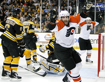 2010_flyers_bruin_display_image