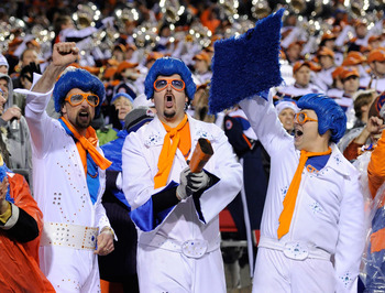 LAS VEGAS, NV - DECEMBER 22:  Boise State Broncos fans react after the team scored a touchdown against the Utah Utes during the MAACO Bowl Las Vegas at Sam Boyd Stadium December 22, 2010 in Las Vegas, Nevada. Boise State Won 26-3.  (Photo by Ethan Miller/