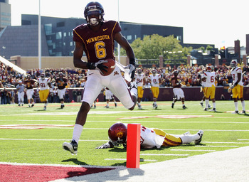 MINNEAPOLIS - SEPTEMBER 18:  Da'Jon McKnight #6 of the Minnesota Golden Gophers carries the ball into the endzone for a touchdown after catching a pass during the game against the USC Trojans on September 18, 2010 at TCF Bank Stadium in Minneapolis, Minne
