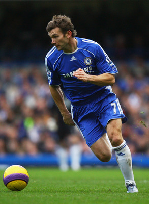 LONDON - DECEMBER 26:  Andriy Shevchenko of Chelsea runs with the ball during the Barclays Premier League match between Chelsea and Aston Villa at Stamford Bridge on December 26, 2007 in London, England.  (Photo by Ryan Pierse/Getty Images)