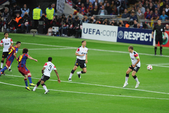 LONDON, ENGLAND - MAY 28:  Lionel Messi (3L) of FC Barcelona scores his teams second goal during the UEFA Champions League final between FC Barcelona and Manchester United FC at Wembley Stadium on May 28, 2011 in London, England.  (Photo by Michael Regan/