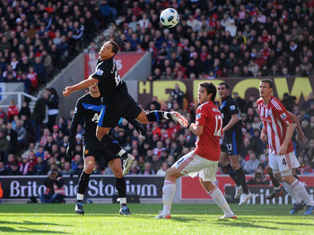STOKE ON TRENT, ENGLAND - OCTOBER 24:  Javier Hernandez of Manchester United scores during the Barclays Premier League match between Stoke City and Manchester United at Britannia Stadium on October 24, 2010 in Stoke on Trent, England.  (Photo by Mike Hewi